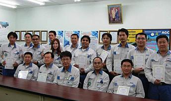 AGC(タイ)でのSBA合格証授与式(2013年)
